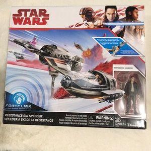 Star Wars Force Resistance Ski Speeder
